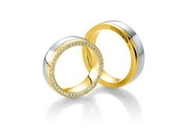 Золотые парные обручальные кольца