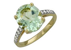 Золотые кольца с празиолитом