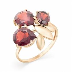 Кольцо из красного золота с гранатом