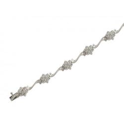 Декоративный браслет из белого золота c бриллиантом
