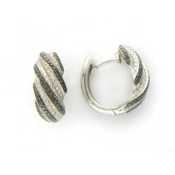 Серьги из белого золота c бриллиантом