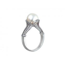 Женское кольцо из белого золота c белым жемчугом, бриллиантом