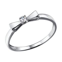 Кольцо с бантом из белого золота с бриллиантом SOKOLOV