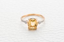 Кольцо Royals из красного золота с цитрином и фианитом
