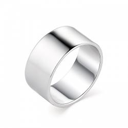 Стильное широкое гладкое серебряное кольцо