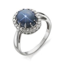 Кольцо из белого золота со звездчатым сапфиром и бриллиантами