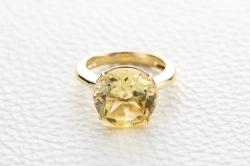 Кольцо Prestige из желтого золота с кварцем