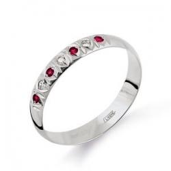 Обручальное кольцо из белого золота с рубином и бриллиантом