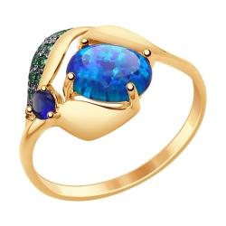 Золотое кольцо с синими корундами (синт.), синими опалами и зелеными фианитами SOKOLOV