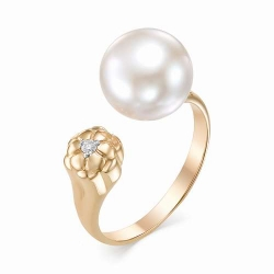 Золотое кольцо (белый жемчуг, Бриллиант)