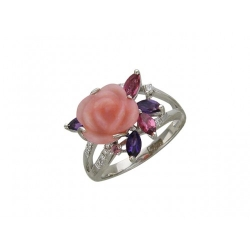 Женское кольцо в виде розы из белого золота c цветными камнями