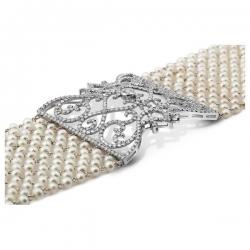 Браслет из белого золота с бриллиантами и жемчугом