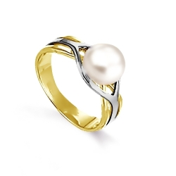 Кольцо из желтого золота с белым жемчугом