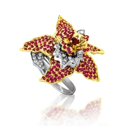 Кольцо Цветок из белого золота с рубинами, бриллиантами