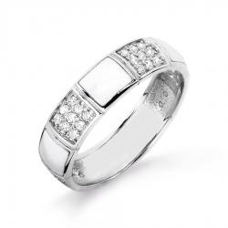 Кольцо из белого золота с эмалью, фианитами