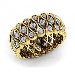 Модное кольцо с бриллиантами из желтого золота