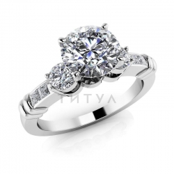 Помолвочное кольцо из белого золота с бриллиантами