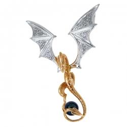 Золотая подвеска в виде дракона c черным жемчугом и фианитами