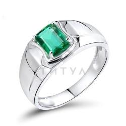 Мужское кольцо из белого золота с изумрудом