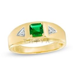 Мужское кольцо из желтого золота с бриллиантом и изумрудом